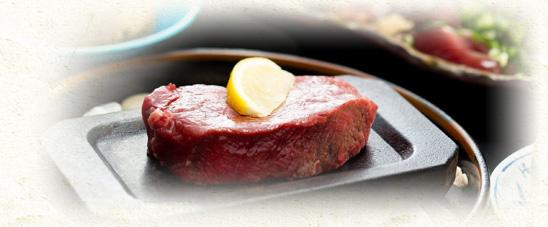 肉料理 写真